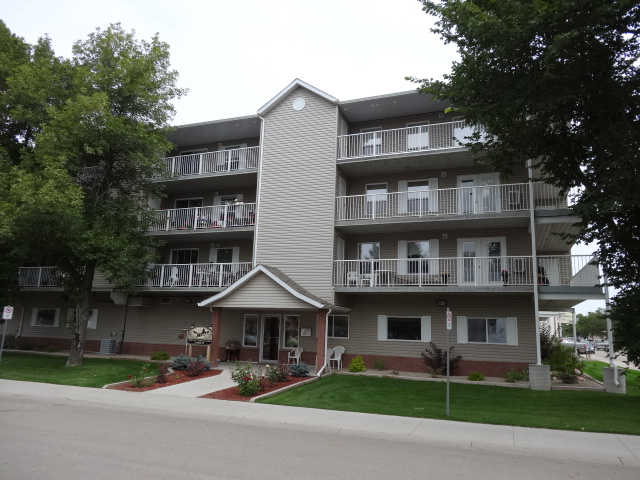 #403 2006 7th Street Rosthern